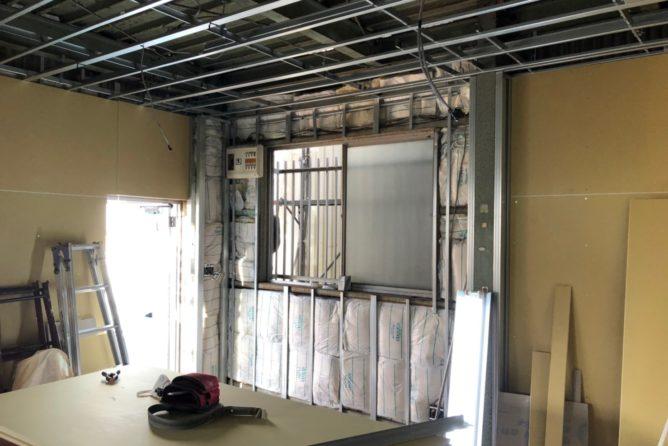 事務所内壁天井ボード施工